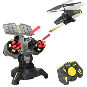 Air-Hogs-Battle-Tracker-with-Yellow-Disc-Firing-Helicopter-0