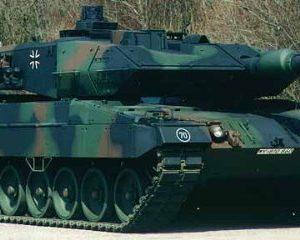 German-Leopard-II-A5-Main-Battle-Tank-RC-Airsoft-Radio-Control-124-MBT-0