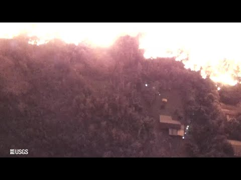 Drone helps with rescue from lava flow (Video: U.S. Geological Survey)