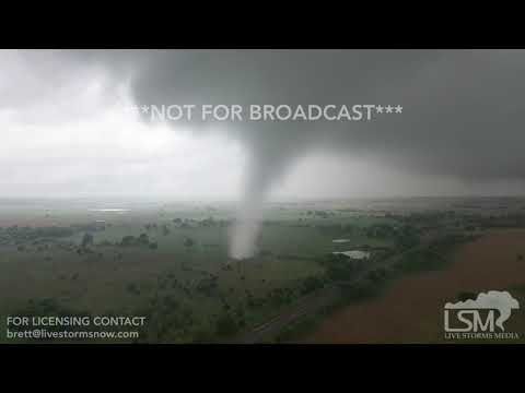 4-30-2019 Sulphur, Ok Incredible Tornado video from up close with drone 4k amazing aerials
