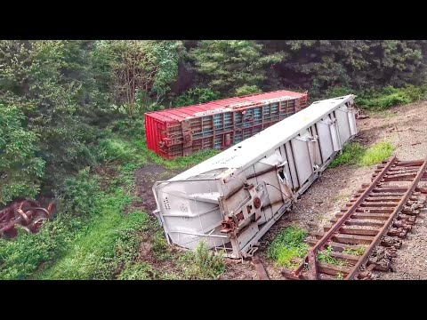 Derailed Cars at Horseshoe Curve – A Closer Look (Drone Video)
